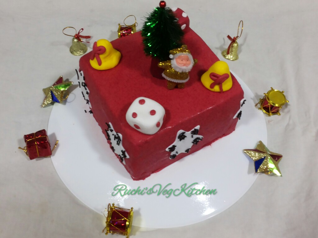 Christmas Special Cake Images : December 2015   Ruchi s Veg Kitchen